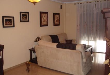 Casa adosada en venta en Lucena, Zona Los Poleares